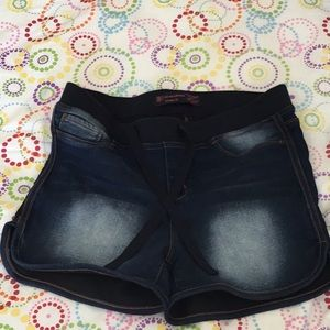 "Pants - comfortable ""jean"" shorts"